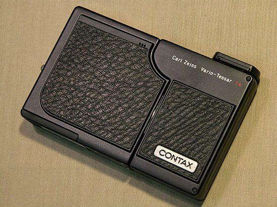 デジタル世紀の銘機・01『CONTAX SL300R T*』・
