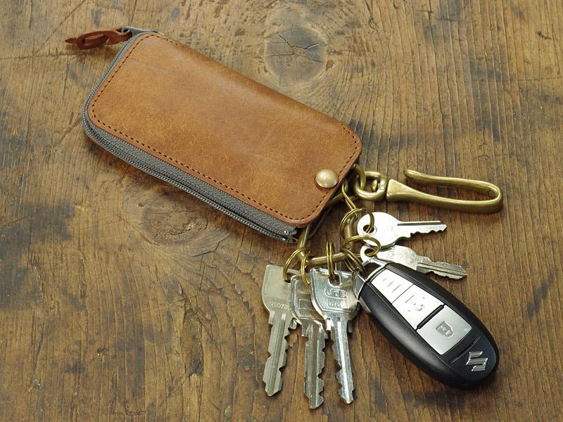 鍵・スマートキー・カードキーをひとまとめにできるULYSSES3つ目のキーケース:前編